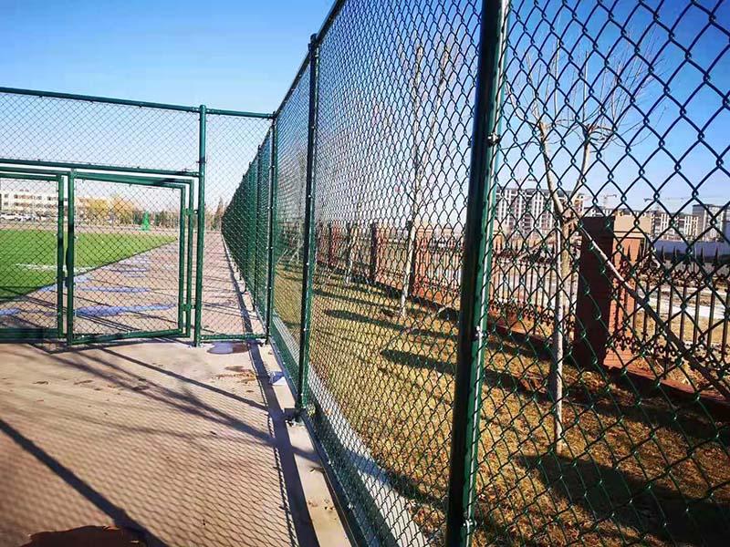 篮球场地围网